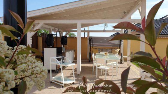 Kreatív terasz berendezés tavasztól őszig – Bútorok, elrendezés, tippek!
