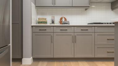 Kis alapterületű konyha berendezése – Helytakarékos megoldások