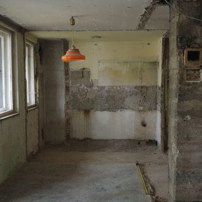 budai lakás bontás